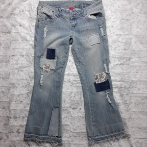 Almost Famous| Hippie Patchwork Distressed Jeans